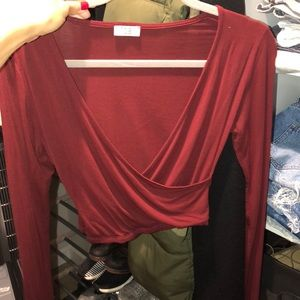 Tobi burgundy/red crop top long sleeve